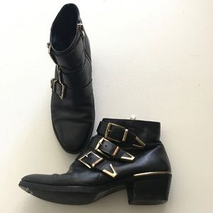 Vince Camuto Black Boot Sz 5.5 Three Buckle Accent